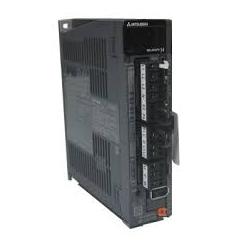 Amplificateur MR-J4 pour servomoteur HG MR-J4 0,1Kw 1x230/3x200V SSCNETIII/H